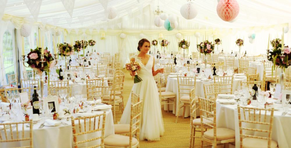 Bruiloft decoratie kopen buiten of ideeën aankleding