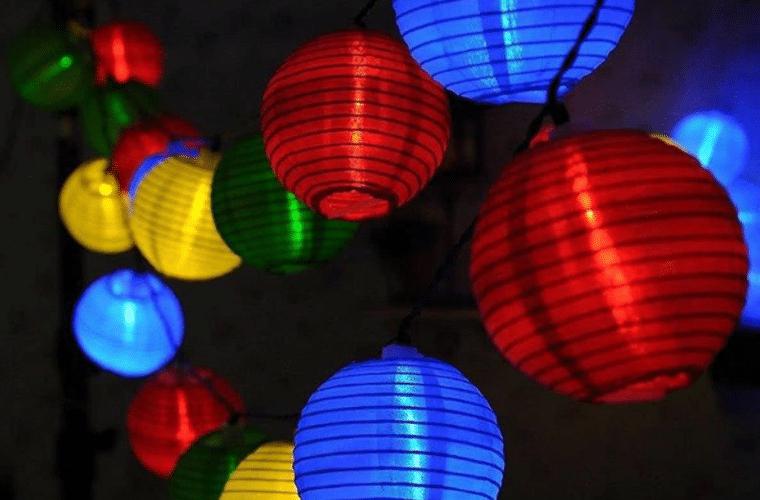 Feestverlichting buiten