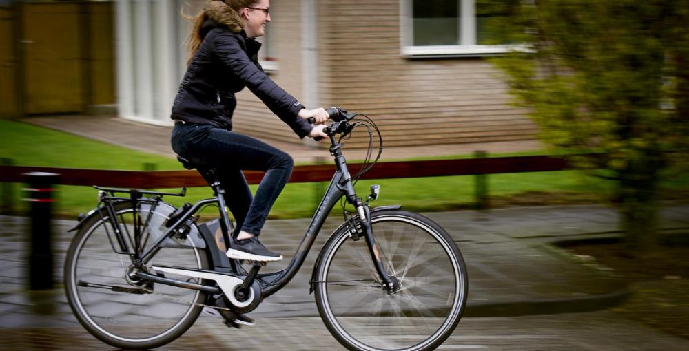 de beste elektrische fiets uit 2018 kopen aankoop test. Black Bedroom Furniture Sets. Home Design Ideas